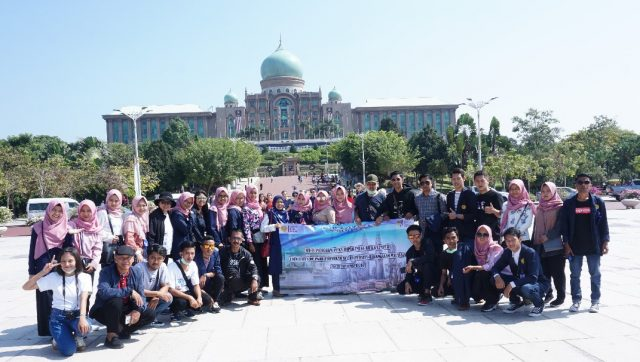 Sejumlah Mahasiswa UPY Laksanakan KKL di Malaysia
